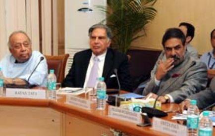 Dr RP Goenka with Mr Sunil Mittal, Mr Ratan Tata, Shri Anand Sharma and Shri Pranab Mukherjee